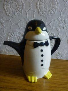 Price and Kensington 1920's Penguin Teapot by KoalaKitschBoutique via Etsy.