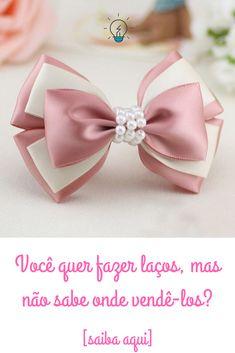 🎀 Curso de laços e tiaras para Bebê - A Fábrica de Laços e Tiaras by Karyne Otto 🎀 #montandomeuproprionegocio #laços #tiaras #laçosparabebe #tiarasparabebe #lacorosa #laçorosa #artesanato #facavocemesmo #diy #manualidades #bebe #cursodelaços #laçosdecabelo #lacosdefitapassoapasso #passoapasso #lacinho #lacospassoapasso Ribbon Hair Bows, Diy Hair Bows, Diy Bow, Disney Bows, Minnie Mouse Bow, Toddler Bows, Handmade Hair Bows, Bow Tutorial, Making Hair Bows