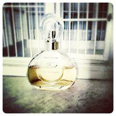 Libérez les aldéhydes et on discutera après! #parfum du jour: First #VanCleefAndArpels.
