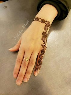 Henna Design By Fatima Dulhan Mehndi Designs, Mehandi Designs, Latest Arabic Mehndi Designs, Finger Henna Designs, Back Hand Mehndi Designs, Full Hand Mehndi Designs, Modern Mehndi Designs, Mehndi Designs For Girls, Mehndi Designs For Beginners