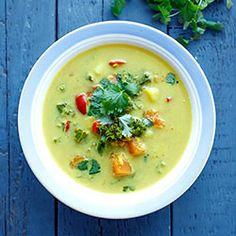 Wegańska zupa curry z jarmużem | Blog | Kwestia Smaku