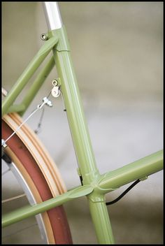 """running canti brakes on a mixte""    <3 the green"