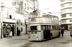 Trolebuses A Coruña - Carballo #carballo #acoruña #fotoantigua #fotohistorica Street View, Old Photography, Walks, Paths, Europe, Cities, Fotografia
