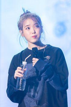 😍Look how cute😍 Korean Actresses, Korean Actors, Actors & Actresses, Kpop Girl Groups, Kpop Girls, Korean Celebrities, Celebs, Korean Girl, Asian Girl