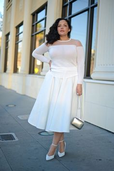 Girl With Curves: White