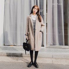 #envylook Notched Lapel Single Button Coat #koreanfashion #koreanstyle #kfashion #kstyle #stylish #fashionista #fashioninspo #fashioninspiration #inspirations #ootd #streetfashion #streetstyle #fashion #trend #style