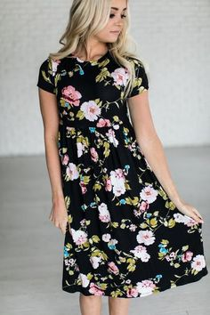 Floral, Floral, Floral. Fabric Content: 96% Rayon, 4% Spandex - fabric is light & thin, may require a slip. See Halle's sizing HERE, she is wearing size Small See Margie's sizing HERE, she is wearing