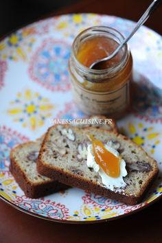 Pain à la banane et aux noix de pécan, miel de Camargue (sans gluten, ni caséine de lait)