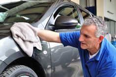 Get Smitten by the Professional Car Detailing Services in Calgary Cleaning Items, Car Cleaning, Spring Cleaning, Cleaning Hacks, Funny Car Memes, Car Humor, Centre Auto, Waxing Tips, Cars