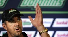 Pietersen won't give up his international career