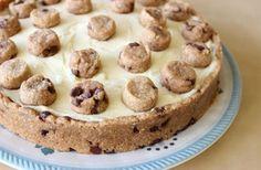 פאי מילק אנד קוקיז – פאי שוקולד צ'יפס עם קרם פטיסייר חלב עיזים | foodpage - כל המתכונים במקום אחד