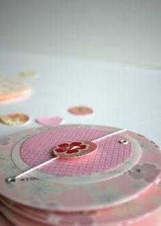 Fleur de pommier : faire part de mariage #rose#coeur #bohème#chic# bouton#fairepartpapierjaponais #papierjaponais #fleursdesakura
