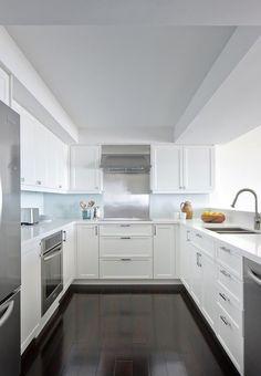 U-shaped-white-kitchen-stainless-steel-appliances-Remodelista