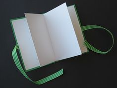 A-Mazing Maze Books! By Cheryl Trowbridge. How to fold a 16 page mini journal from 1 sheet of construction paper! Maze Book, White Construction Paper, Accordion Book, Bookbinding Tutorial, Art Prompts, Craft Activities For Kids, Craft Ideas, Art Lessons Elementary, Handmade Books