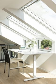 Find VELUX inspiration for your single-story extension here, with stylish and functional designs that allow you to create the perfect home that's filled with daylight. Loft Storage, Roof Window, Uk Homes, Bedroom Loft, Blinds For Windows, Interior Design Inspiration, Dining Bench, Living Spaces, Loft Conversions