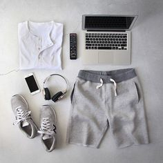 Outfit grid - Hot day at home Outfit Grid, My Outfit, Summer Outfits, Casual Outfits, Fashion Outfits, Stylish Men, Men Casual, Dresscode, Herren Outfit