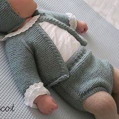 Baby Knitting Patterns, Baby Patterns, New Baby Boys, Baby Kids, Baby Pullover, Knitted Baby Clothes, Baby Coat, Baby Bloomers, Baby Pants