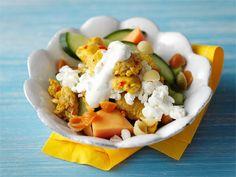 Broileri-papaijasalaatti Tacos, Eggs, Pasta, Breakfast, Ethnic Recipes, Food, Turmeric, Morning Coffee, Essen