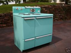 Vintage Blue Stove. I had this exact stove in the St James Apartment in Bowling Green! It was a great stove.