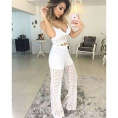 "21 curtidas, 1 comentários - Estilo Da Flor Boutique (@estilo_da_flor) no Instagram: ""Cropped renda white ➕ Calça deusaa ♥♥   IN LOVE"""
