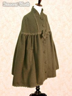 Ribbon lace stand collar cloak