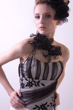c577af03c6 Mermaid Black White Embroidered Wedding Dress