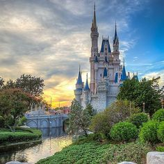 Pin for Later: 39 Disney World Facts That Even Die-Hard Fans Don't Know Cinderella's Castle is not built from stones. The entire building is built out of fiberglass, concrete, steel, cement, and plaster. No bricks or stones were used at all. Disney World Facts, Disney World Trip, Disney Vacations, Disney Trips, Disney Love, Disney Magic, Disney Stuff, Disney Disney, Cinderella Castle