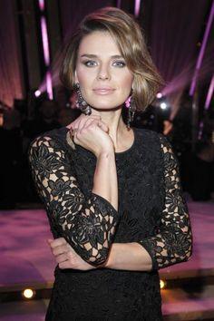Natasza Urbańska w wieczornej fotce. Wspaniały makijaż i fryzura #zdjecia #natasza #uroda   www.scoupon.pl/kategoria/zdrowie-i-uroda