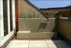 Small terrace design London :: contemporary garden designs