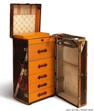 Louis Vuitton Trunks avec une vieille malle, ajouter tiroirs