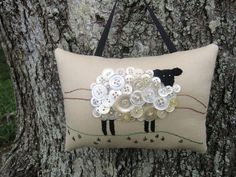 Primitive Ireland Sheep Embroidery Door Hanger by WickedlyCreative Primitive Embroidery, Hand Embroidery, Jute, Primitive Crafts, Primitive Sheep, Dmc Floss, Wool Applique, Velvet Ribbon, Button Crafts