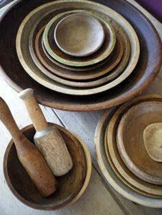 Wood bowl stacks