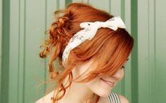 Romantic curly hairstyle decorated with a headband :: one1lady.com :: #hair #hairs #hairstyle #hairstyles