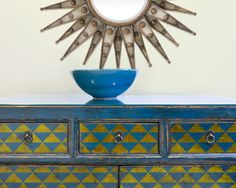 Petits Triangles Art déco meubles par royaldesignstencils sur Etsy