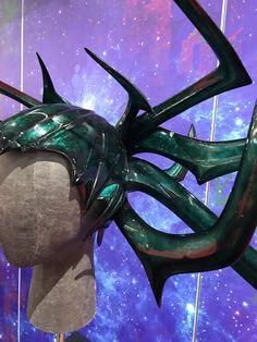 Hela headdress from Comic Con Loki Costume, Comic Con Cosplay, Historical Dress, Sebastian Stan, Sibling, Cosplay Ideas, Headdress, Costume Design, Marvel Avengers