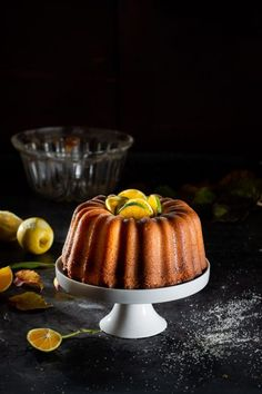 BIZCOCHO DE LIMÓN Panna Cotta, Ethnic Recipes, Food, Crack Cake, Dulce De Leche, Essen, Meals, Yemek, Eten