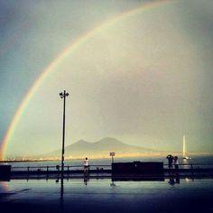 Arcobaleno su #Napoli
