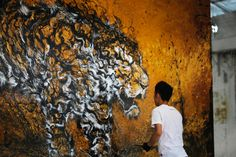 hua-tunan-spray-painted-tiger-designboom-07