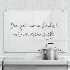 Splash Guard – The secret ingredient is always love - Trend Kitchen Decoration Message Light Box, Splash Screen, Beautiful Soup, Love Wall Art, Support Mural, Diy Kitchen Decor, Herd, Kitchen Trends, Home Pictures