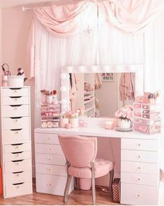 Bedroom Decor For Teen Girls, Girl Bedroom Designs, Room Ideas Bedroom, Girly Bedroom Decor, Beauty Room Decor, Makeup Room Decor, Cute Room Ideas, Cute Room Decor, Glam Room