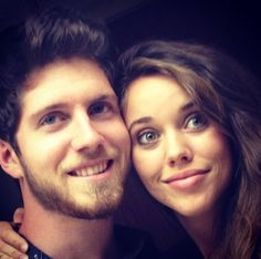 Newlywed Jill Duggar talks about how Jim Bob and Michelle's experiences have helped shape her views on dating in this exclusive clip from 19 Kids and Counting.
