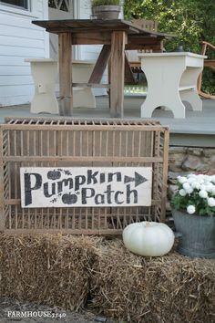 Fall farmhouse decorating