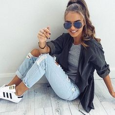 30 Chic Summer Outfit Ideas – Street Style Look. - Street Fashion, Casual Style, Latest Fashion Trends - Street Style and Casual Fashion Trends Look Fashion, Autumn Fashion, Daily Fashion, Sporty Fashion, Womens Fashion, Street Fashion, Feminine Fashion, Casual Chic Fashion, Sneakers Fashion