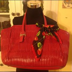 $698 Coach Gathered Leather/ Quilted Leather Bag Authentic Coach Gathered Leather Taylor handbag in red. Very pretty with just some minor wear to the corners and a little soiling inside. Very pretty color and looks wonderful with any accent scarf. Scarf is not included. Coach Bags Shoulder Bags
