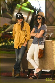 Ellen Page Goes Sunday Shopping with Shannon Woodward! | ellen page sunday shopping with close gal pal 01 - Photo