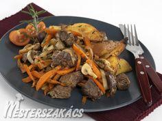 Zöldséges szarvasragu  recept Pot Roast, Ethnic Recipes, Drink, Food, Carne Asada, Roast Beef, Beverage, Essen, Meals
