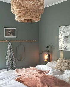 Home Decor Habitacion .Home Decor Habitacion Bedroom Green, Green Rooms, Bedroom Colors, Green Walls, Bedroom Inspo, Home Decor Bedroom, Decorate Your Room, Home Decor Accessories, Cheap Home Decor