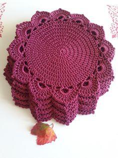 Crochet Quilt, Crochet Home, Easy Crochet, Knit Crochet, Lace Doilies, Crochet Doilies, Crochet Motif Patterns, Knitting Patterns, Cotton Crochet