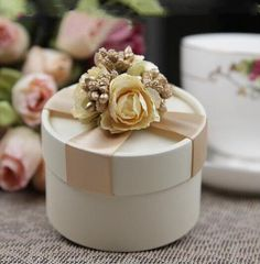 Send out your favors with gold favor boxes,money box wedding and personalized gift boxes and you can have the best one-european style new wedding flower candy box cylindrical wedding favors holder gift gold from Champagne Wedding Favors, Candy Wedding Favors, Unique Wedding Favors, Wedding Gifts, Candy Favors, Candy Gifts, Handmade Wedding, Favours, Wedding Decoration