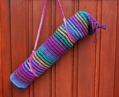 Yoga Bag Pattern, Bag Pattern Free, Crochet Purses, Crochet Bags, Yoga Mat Bag, Yarn Store, Knitting For Kids, Crochet Home, Crochet Patterns